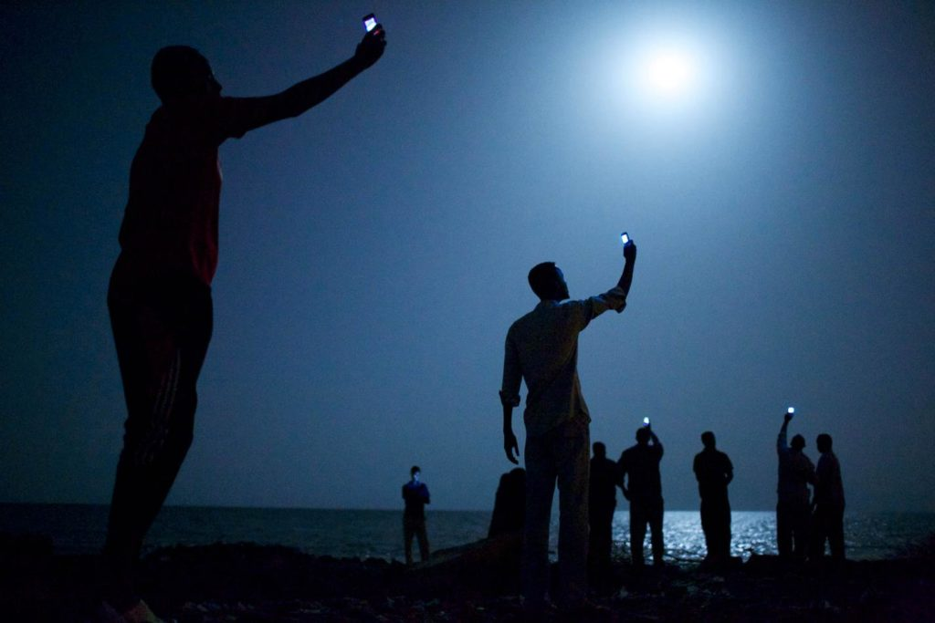 Signal – John Stanmeyer, World Press Photo of the Year 2014